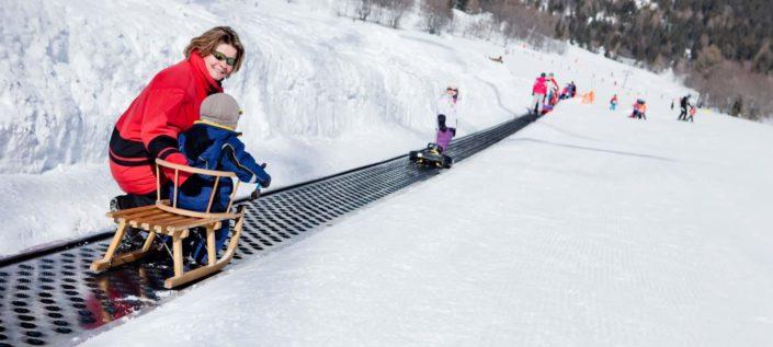 Leukerbad-Snowpark-Sportarena-Schlitteln
